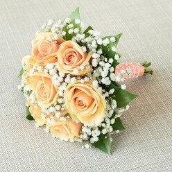 THE SOUND OF LOVE BRIDESMAID BOUQUET